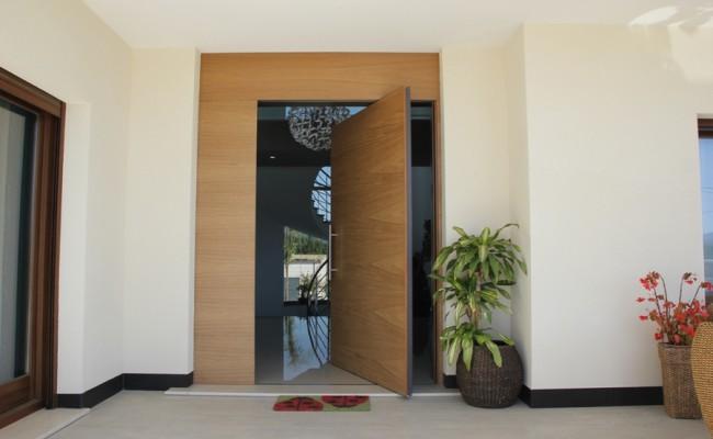 puerta-pivotante_638918